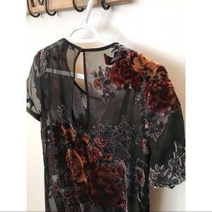 Velvet Floral Dress 🌹